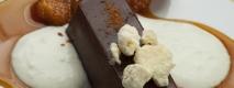 Lingotes de chocolate con manzana y crema de yogur