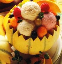 Macedonia de frutas con helado