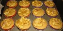 Magdalenas de manzana con crema pastelera