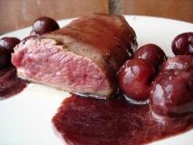 Receta de Magret de pato con salsa de cerezas