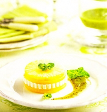 Mango y piña con queso fresco