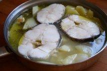 Receta de Merluza hervida con patatas