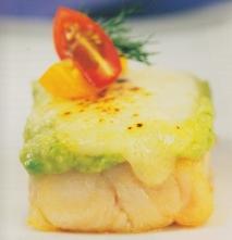 Receta de Mero al horno gratinado con queso majorero y puré de aguacate