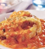 Mero con pimientos y tomates