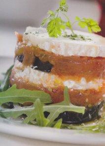 Receta de Milhojas de berenjena, tomate y queso de cabra