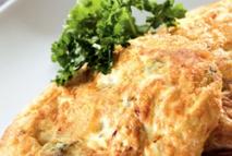 Mini tortilla de coliflor, brócoli y bacalao