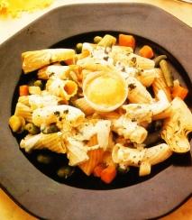 Pasta estriada con verduras tiernas