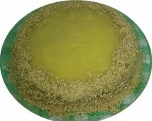 Pastel de crema con yema quemada y crocanti