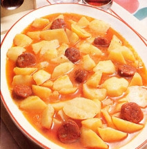 Patatas con puerros y chorizo