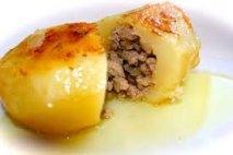 Patatas rellenas de carne de ternera