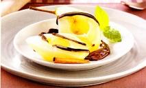 Peras con chocolate negro