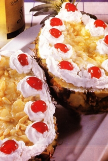 Receta de Piña americana con crema y piñones