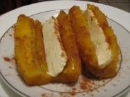 Plátanos con mantequilla de cacahuete