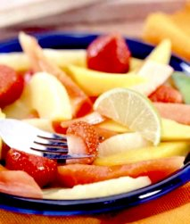 Plato de fruta tropical