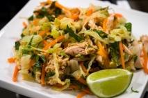 Pollo a la vietnamita con cacahuetes