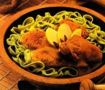 Pollo exótico con pasta