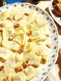 Raviolis a la crema con manzana y nueces