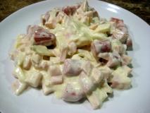 Salchichas con salsa Baviera