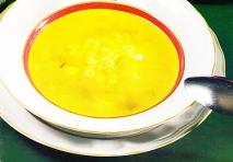 Sopa de arroz y verduras
