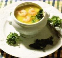 Sopa de berros, gambas  y trufa