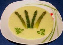Sopa de espárragos blancos y mejillones