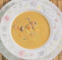 Sopa de pescado con mejillones