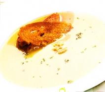 Sopa de pollo al curry