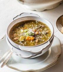 Sopa de verduras al pesto