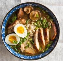 Sopa japonesa de pollo