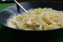 Tagliatelle a los 4 quesos