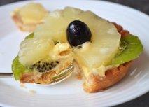 Receta de Tartaletas de crema, piña y kiwi