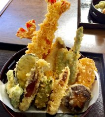 Tempura (Rebozado de verduras y marisco)