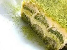Tiramisú de té verde matcha