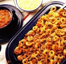 Tortellini a la boloñesa