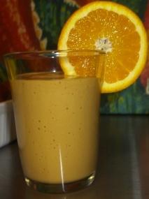 Zumo de naranja y aguacate