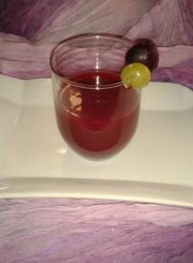 zumo de uva y mora