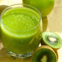 Zumo de uvas con kiwi
